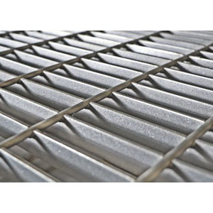 Galvanized Serrated Bar Grating, 20 in x 3 in